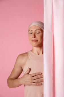 Frau erholt sich nach brustkrebs