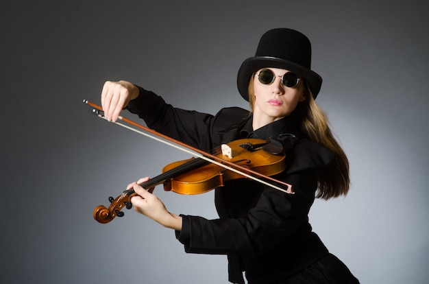Frau im musical