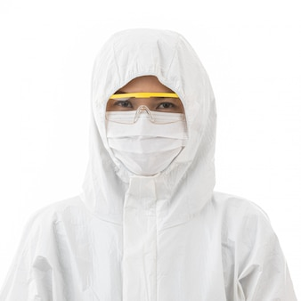 Frau im sterilisierten laborkittel