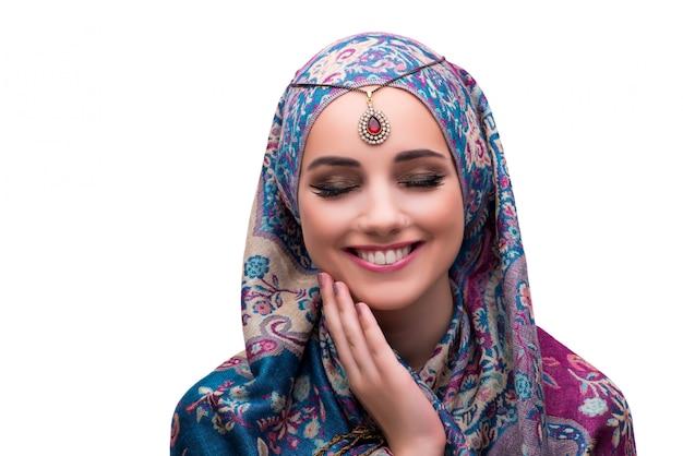 Frau in traditioneller muslimischer kleidung
