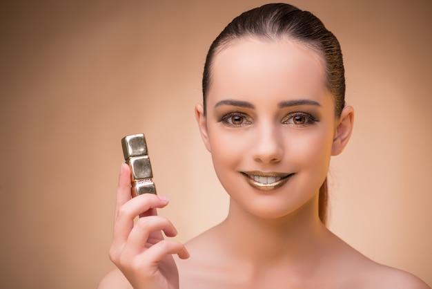 Frau mit lippenstift im schönheitskonzept
