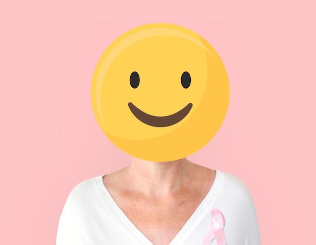 Frau mit rosa schleife für brustkrebsbewusstseinsporträt