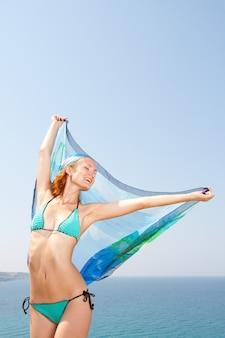 Frau mit sarong