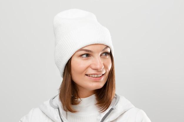 Frau mit winterkleidung