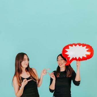 Frauen mit sprechblase