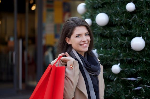 Fraueneinkaufen am mall
