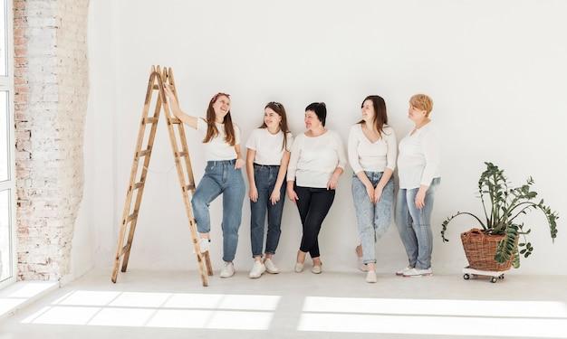 Frauengemeinschaft lebensstil und treppen
