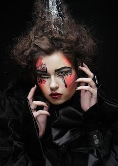 Frauenporträt mit künstlerischem make-up