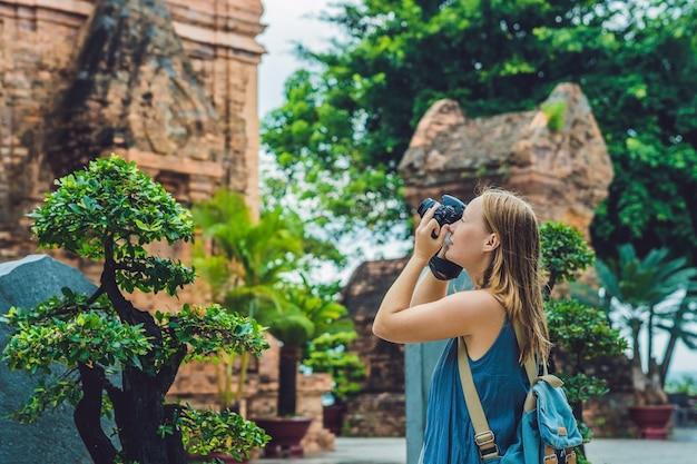 Frauentouristin in vietnam