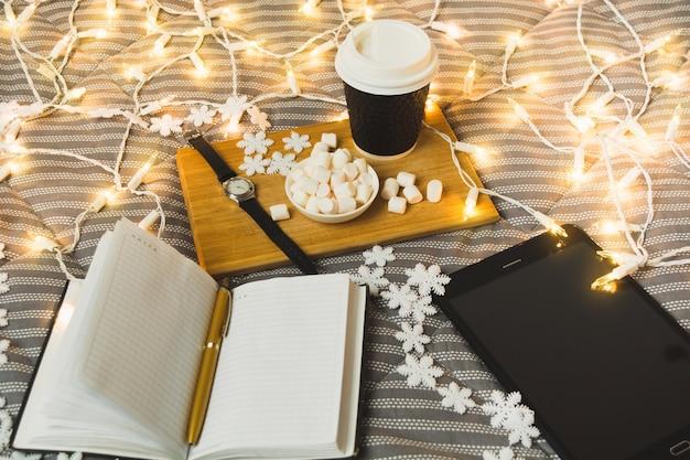 Freiberufler weihnachtsmorgen neujahrsliste mit geschenken und online-shopping-ideen