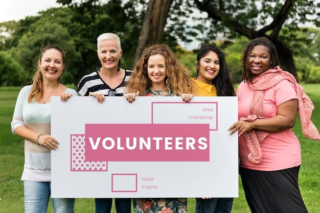Freiwillige helferinnen