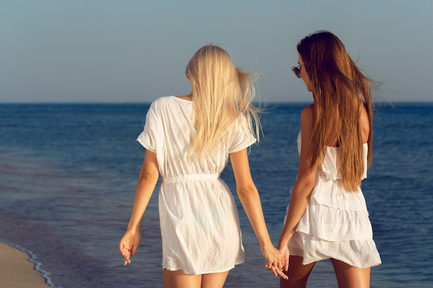 Freundinnen im urlaub