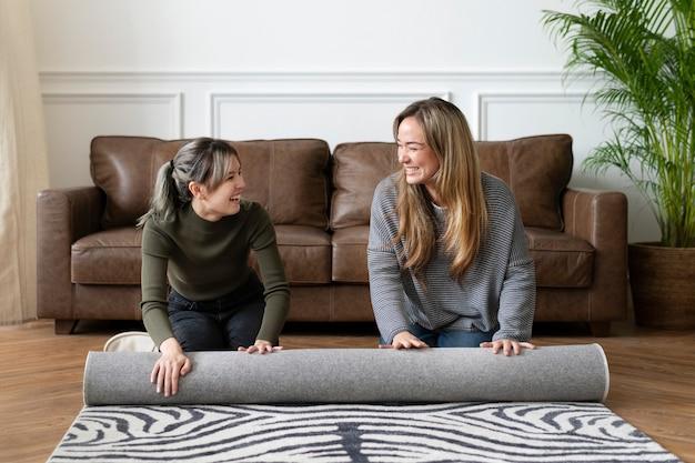 Friends rollender animal-print-teppich