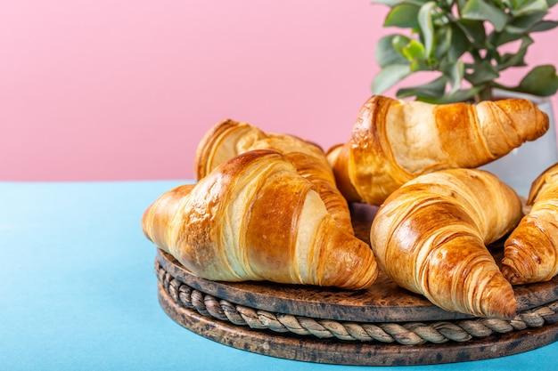 Frisch gebackene croissants