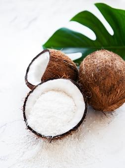 Frische getrocknete kokosnusschips