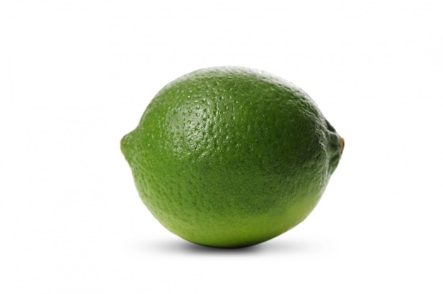 Frische limettenfrucht isoliert