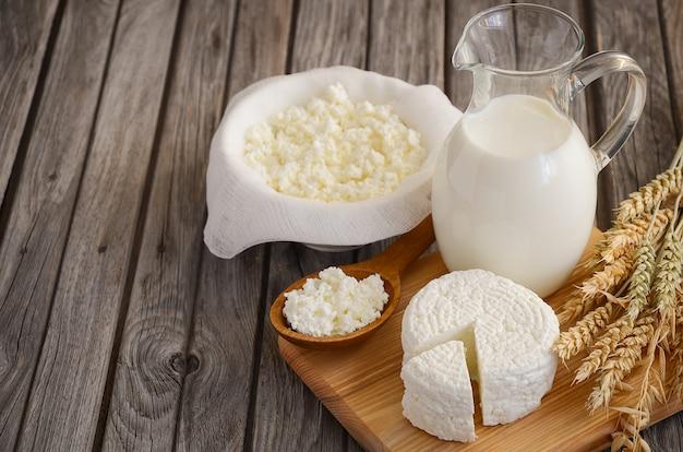 Frische milchprodukte und weizen