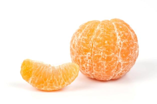 Frische orangen aus der tropischen zone, süße früchte