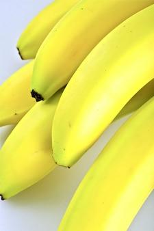 Frische organische bananen