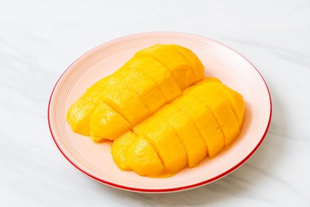 Frische und goldene mango