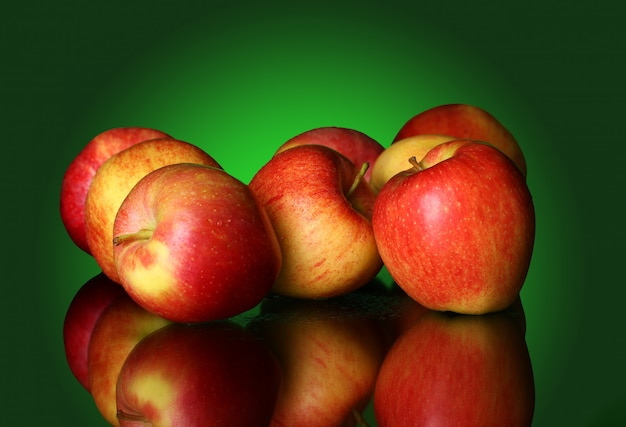 Frische und leckere äpfel