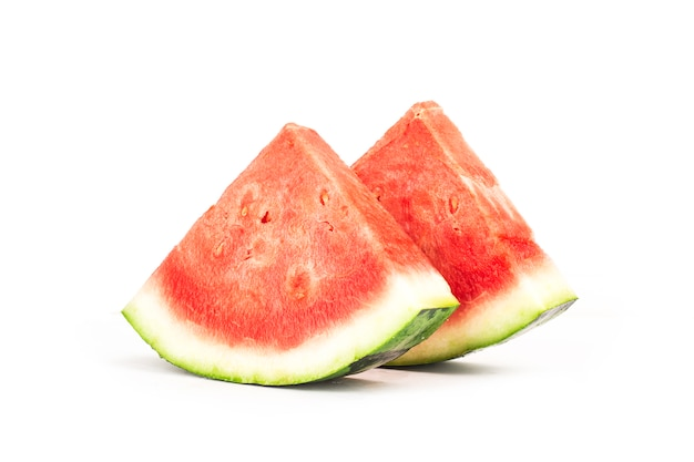 Frische wassermelone gesetzt auf weiß