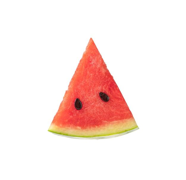Frische wassermelone und scheiben der wassermelone lokalisiert auf weißem hintergrund.