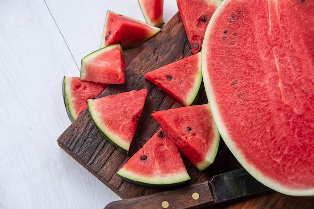 Frische wassermelonenfrucht in stücke geschnitten