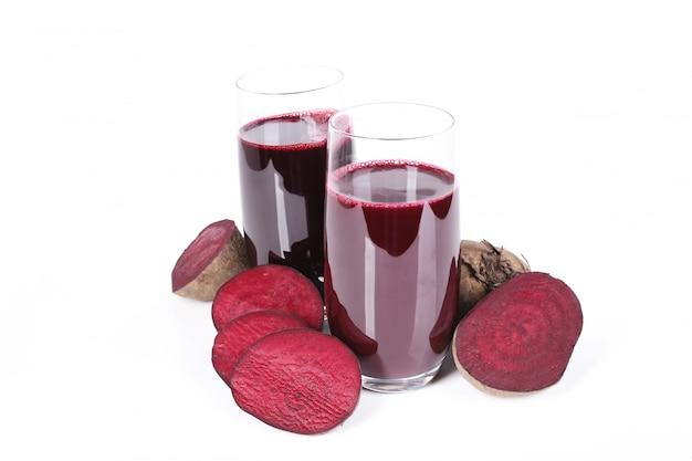 Frischer fruchtsaft und rote beete