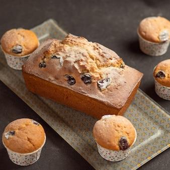 Frischer kuchen und cupcakes hautnah