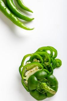 Frischer paprika und grüner chili