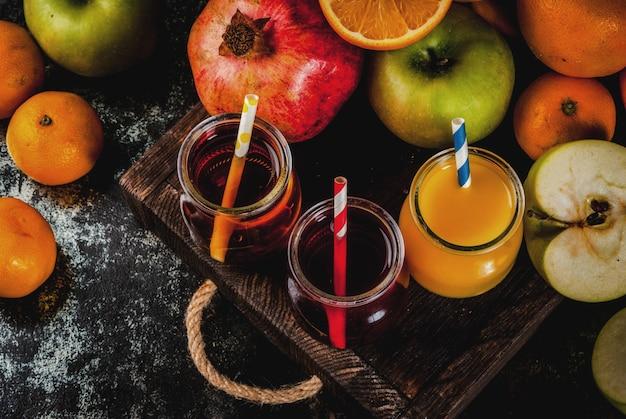 Frisches obst und verschiedene säfte