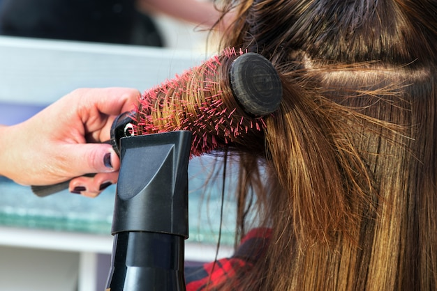 Friseur föhnen haare