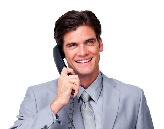 Frohe männliche exekutive am telefon