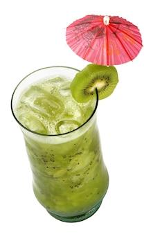 Fruchtcocktail. traditionelles kaltes getränk im sommer.