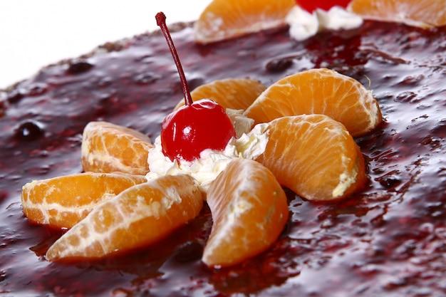 Fruchtkuchen mit wüstenkirsche
