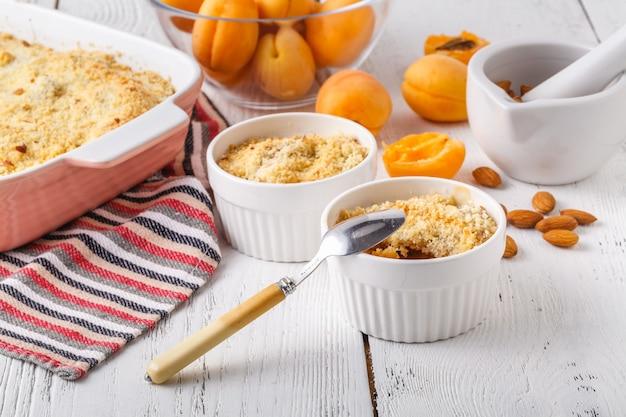 Fruchtstreuselkuchen für gesundes frühstück