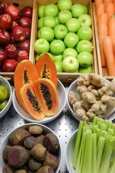 Früchte mischen