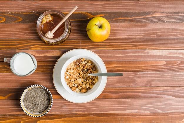 Frühstück mit müsli