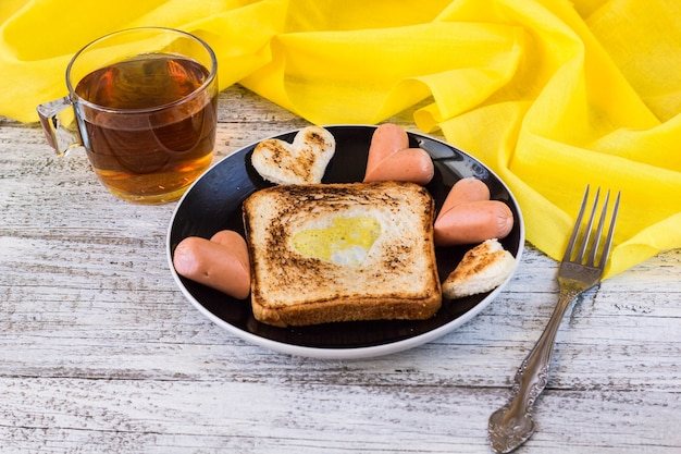 Frühstück zur feier des valentinstags