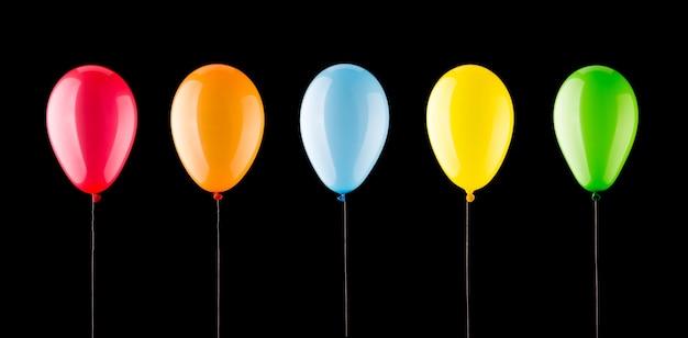 Fünf bunte luftballons