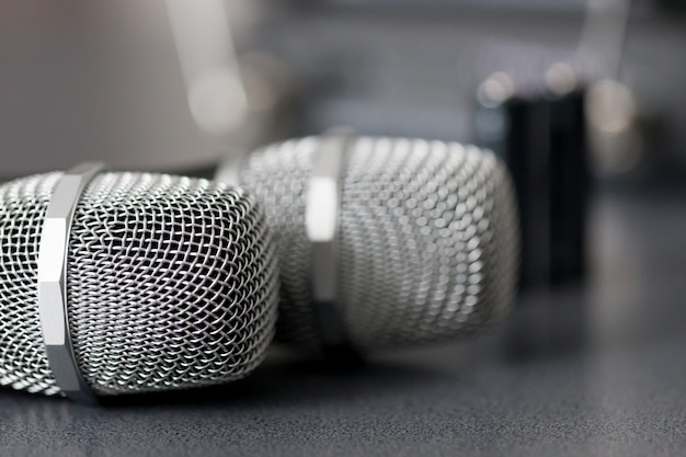 Funkmikrofone. drahtloses tonübertragungssystem.