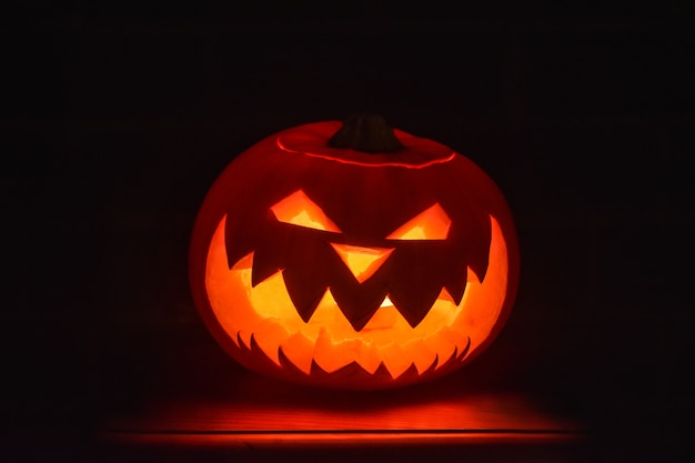 Furchtsamer halloween-kürbis