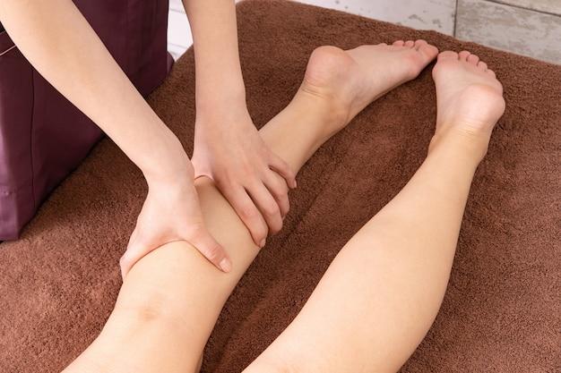 Fuß massieren