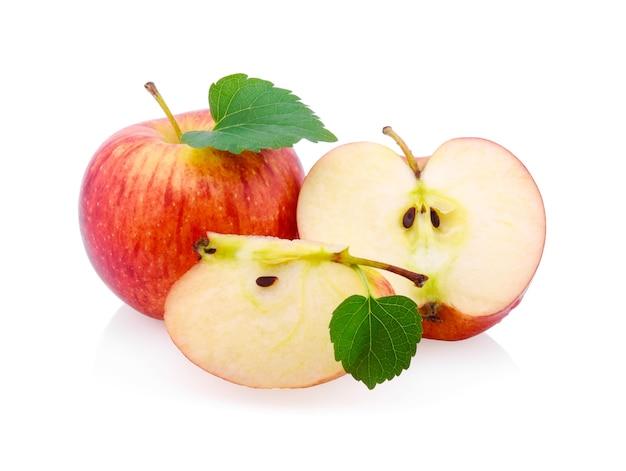 Gala-äpfel isoliert auf weißem hintergrund