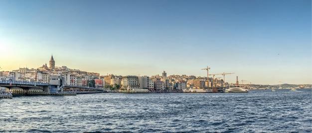 Galata-brücke in istanbul, türkei