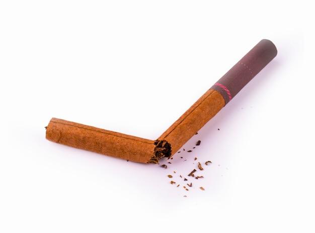 Gebrochene braune zigarre