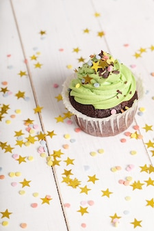 Geburtstag cupcake mit sternen
