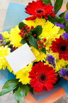 Geburtstag oder valentinstag valentinstag flach lag hintergrund. kopieren sie platz für ihr design oder ihre nachricht.