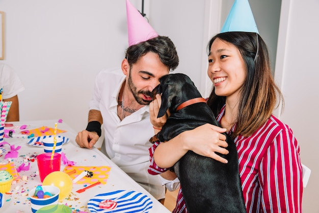Geburtstagsfeier mit hund